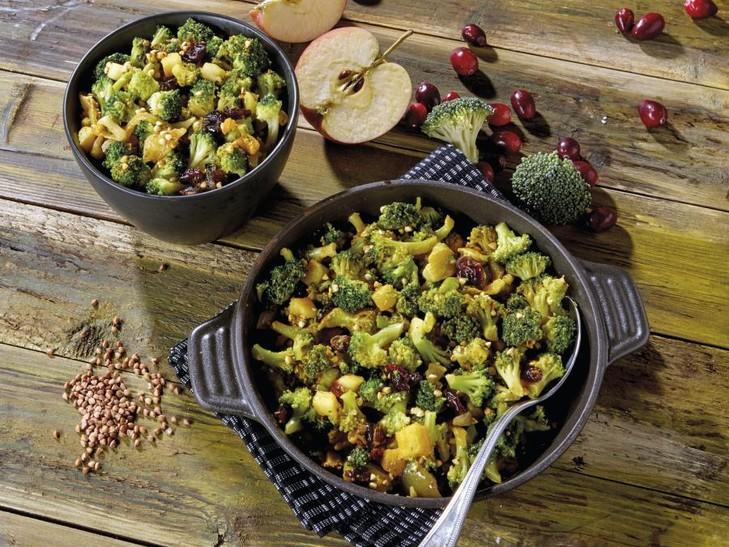 Insalata di broccoli con grano saraceno